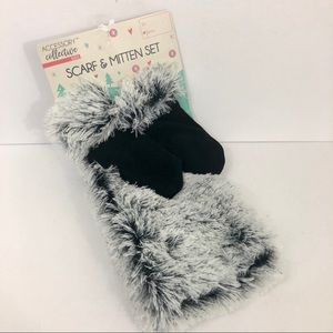 NWT Accessory Collective  Scarf Mitten Set Soft